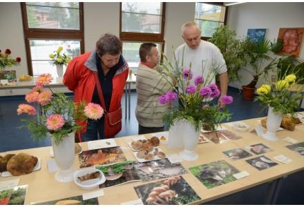 Výstava hub a jiřinek 6. a 7. září 2015