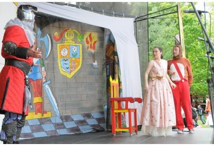 Divadlo v parku