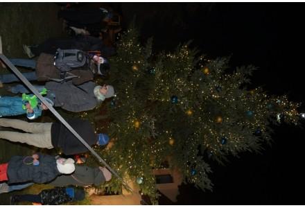 Rozsvícení vánočních stromů v neděli 3.12.2017
