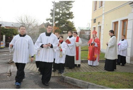 navsteva arcibiskupa176
