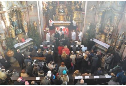 navsteva arcibiskupa285